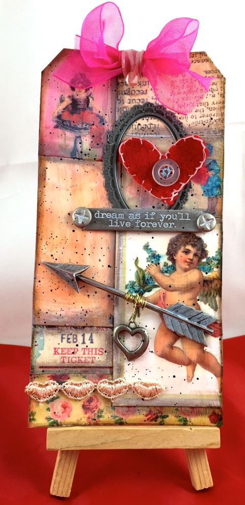 February Tim Holtz Tag 1